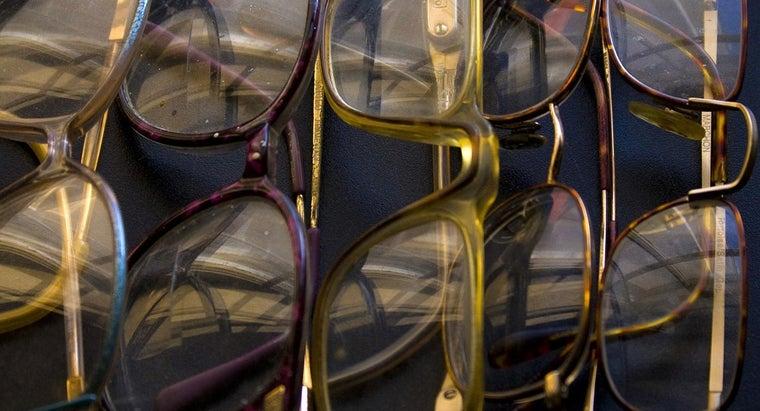 invented-eyeglasses