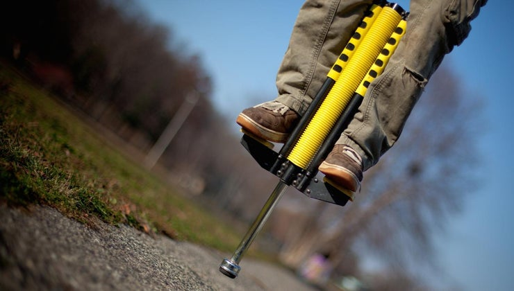 kids-world-record-pogo-stick-jumps