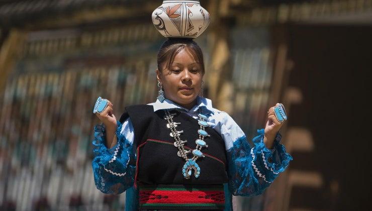 kind-clothing-did-zuni-indians-wear