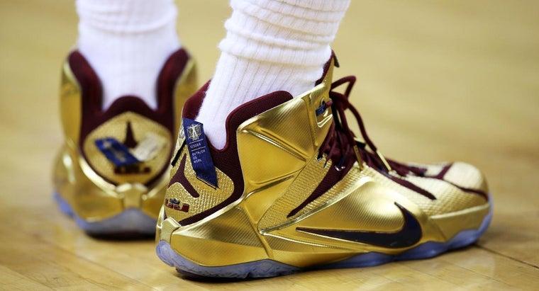 kinds-sneakers-nba-players-wear