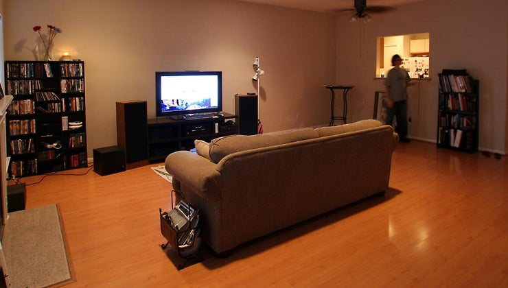 large-150-square-feet-terms-room-size