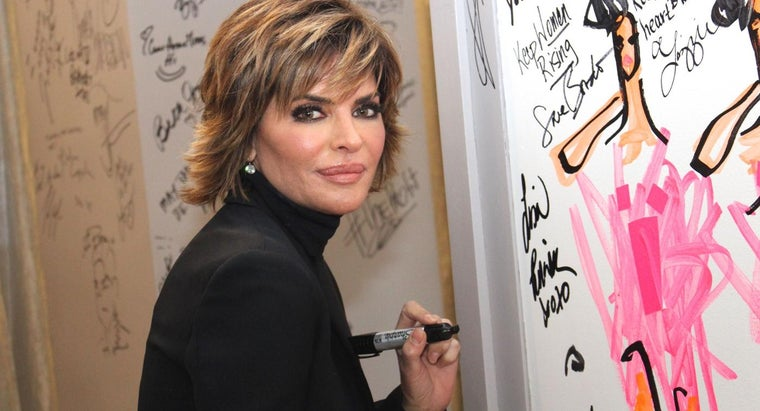 lisa-rinna-style-her-hair