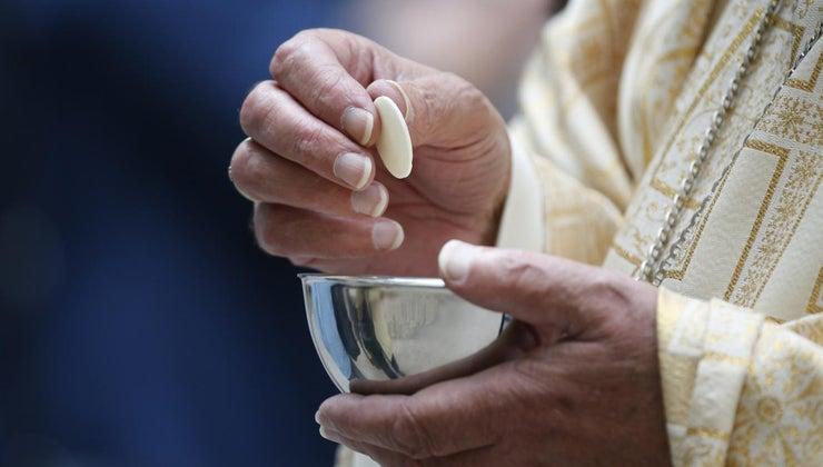 long-average-catholic-church-mass-times