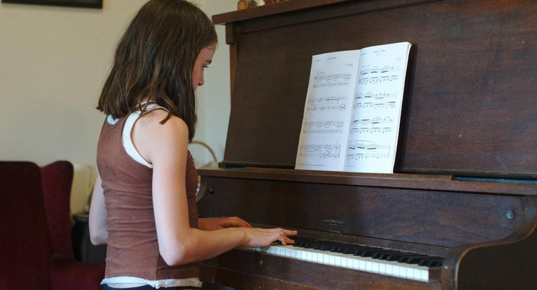 long-learn-piano