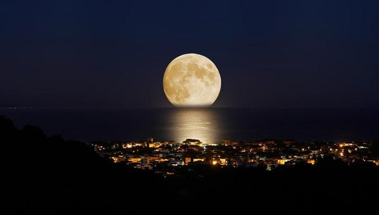 long-moon-orbit-earth