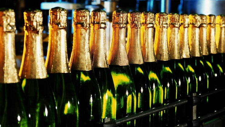 many-bottles-case-champagne