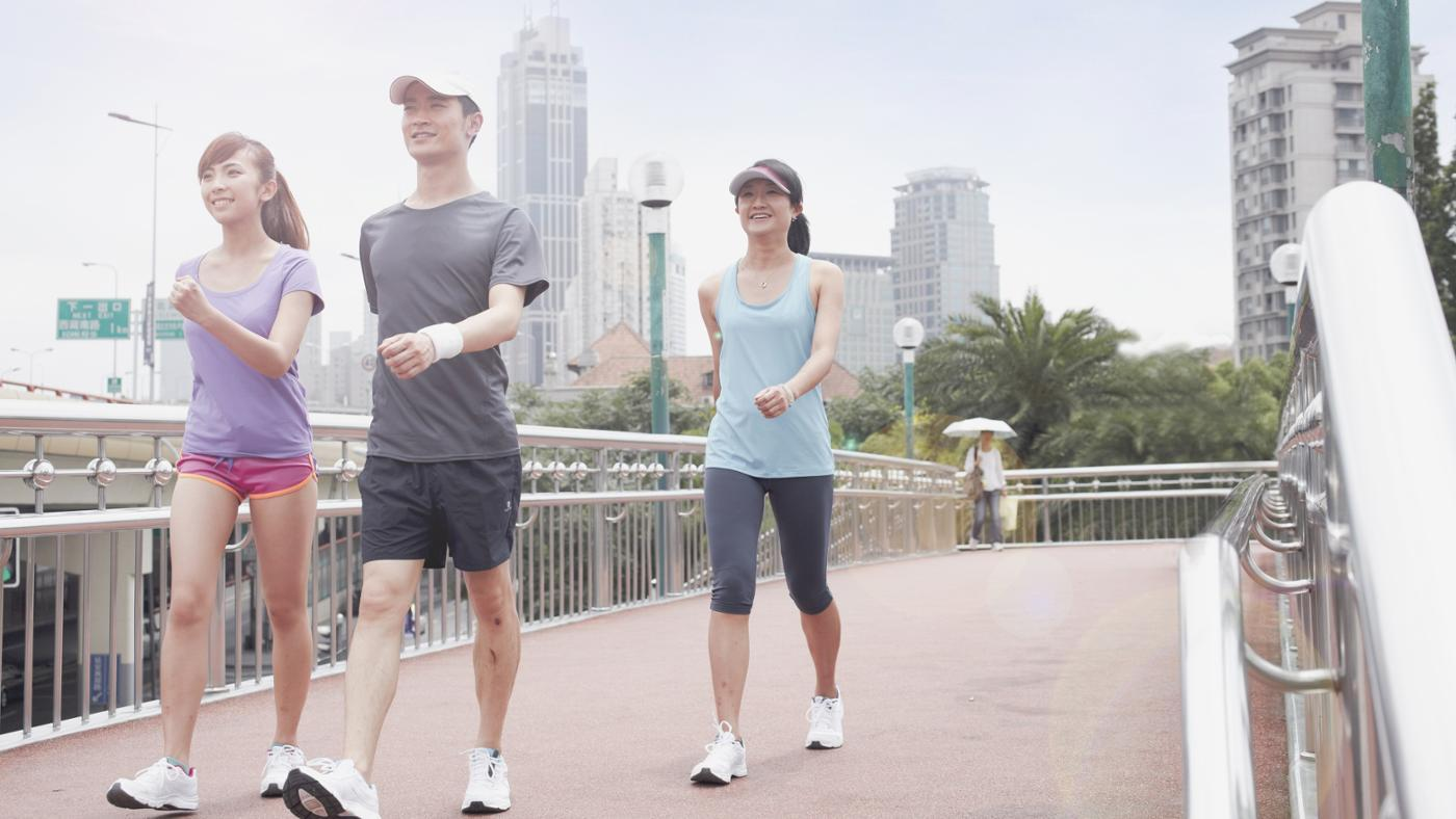 How Many Calories Does 10,000 Steps Burn? | Reference.com