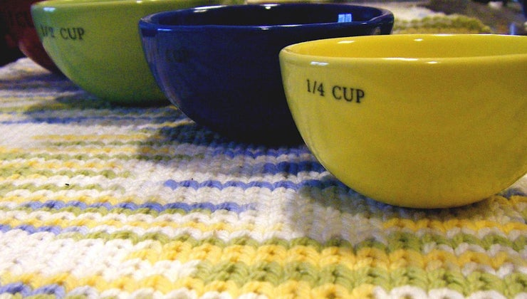 many-cups-equal-two-quarts