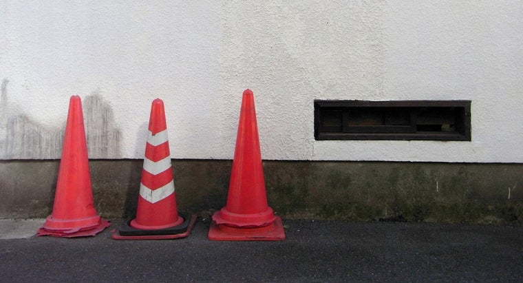 many-flat-surfaces-cone