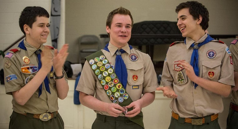 many-inches-down-boy-scout-sash-place-first-badge