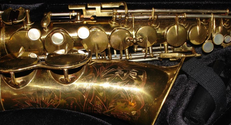 many-keys-saxophone