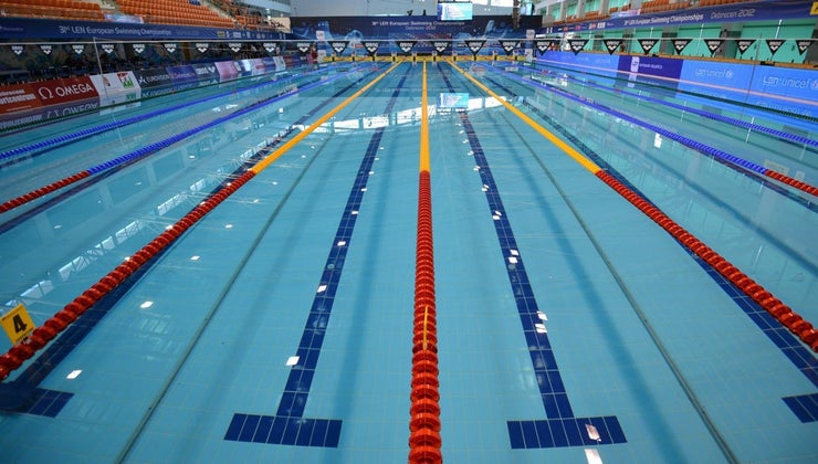many-laps-olympic-sized-pool-equal-mile