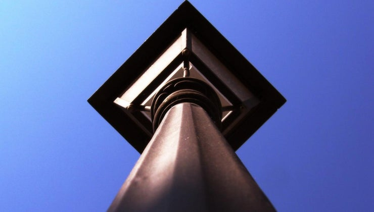 many-lines-symmetry-rhombus