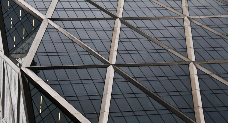 many-lines-symmetry-triangle