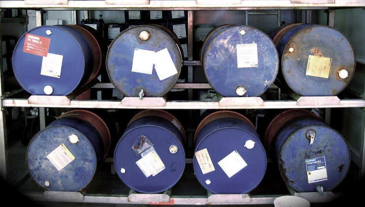 many-litres-barrel-crude-oil