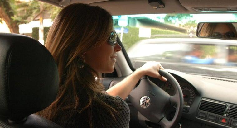 many-miles-average-driver-put-car-per-year