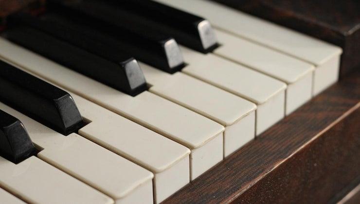 many-notes-piano