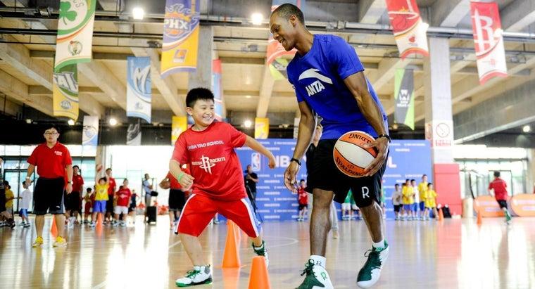 many-people-play-basketball-worldwide
