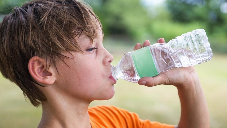 many-pints-water-should-drink-per-day