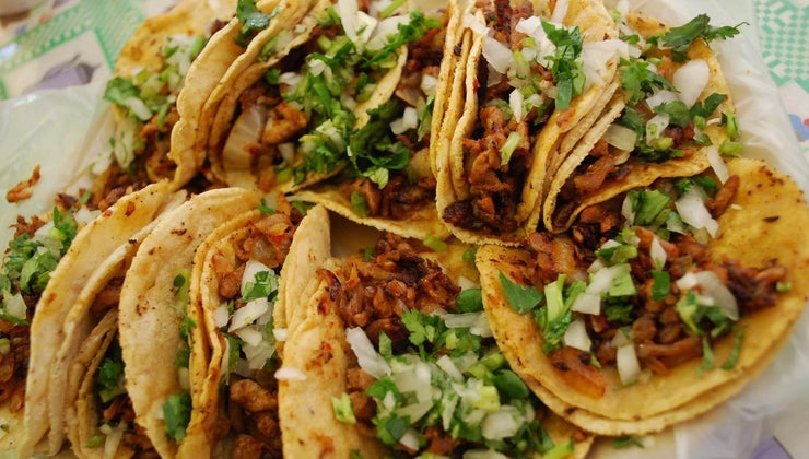 many-pounds-meat-need-make-tacos-20-people