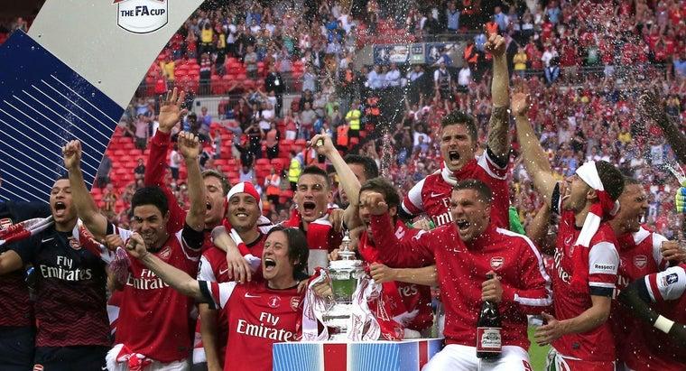 many-trophies-arsenal-won