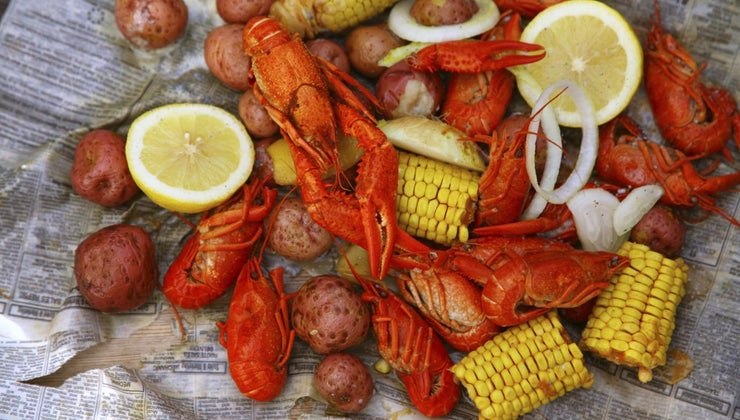 months-crawfish-season