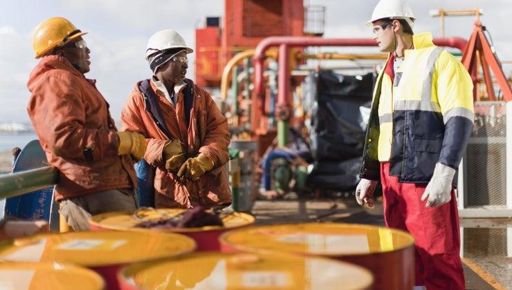 much-1-gallon-crude-oil-weigh