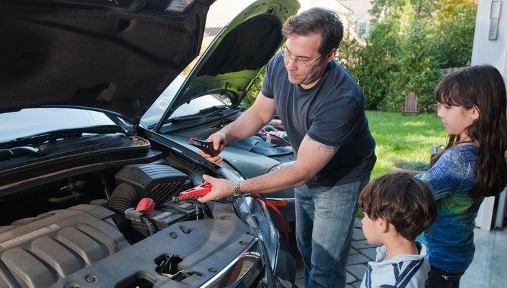 much-average-car-battery-weigh