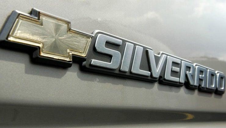 much-chevy-silverado-weigh
