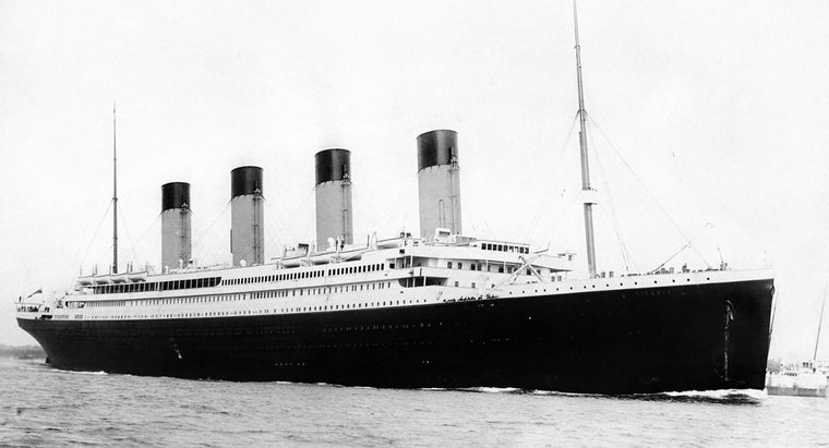 much-did-titanic-weigh
