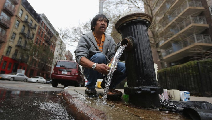 much-fire-hydrant-weigh
