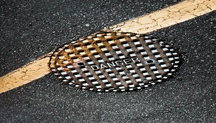 much-manhole-cover-weigh