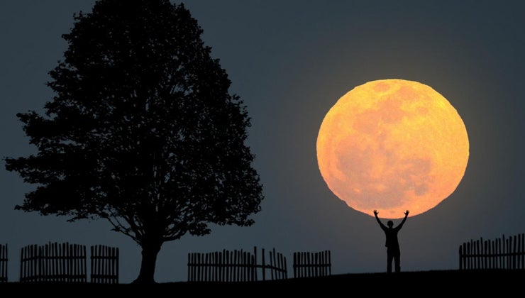 much-moon-always-lit-sun