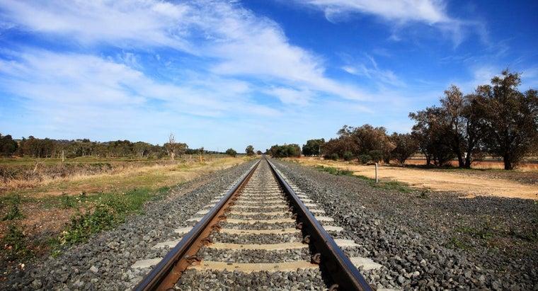 much-railroad-tie-weigh
