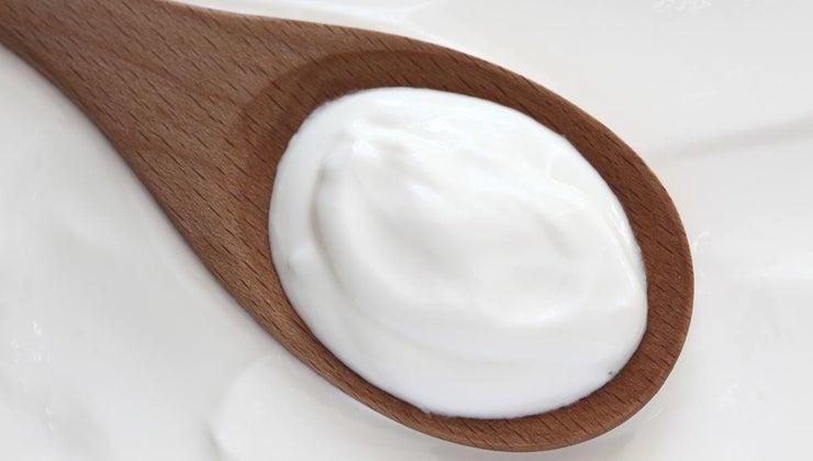 safe-eat-sour-cream-after-expiration-date