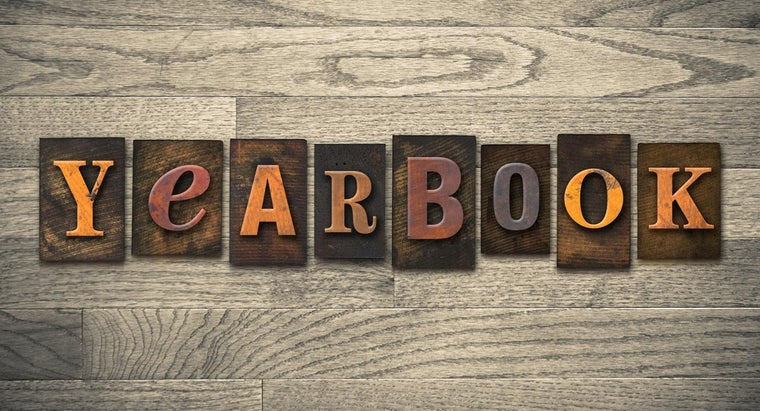 old-middle-school-yearbooks-available-online