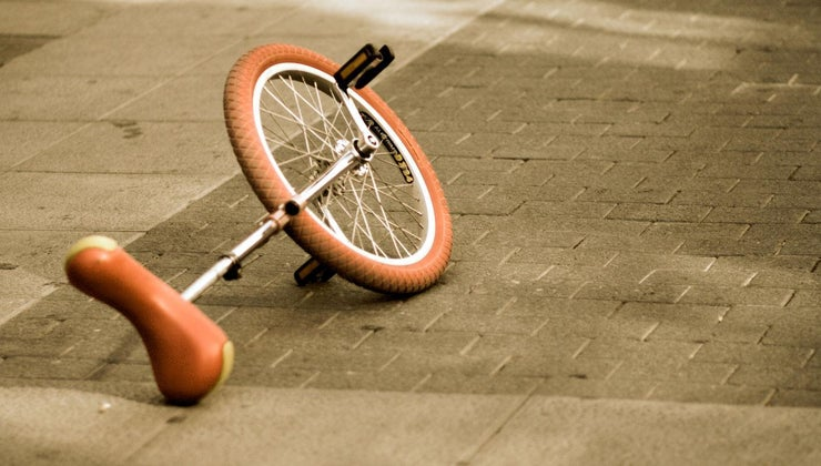 one-wheeled-bicycle-called