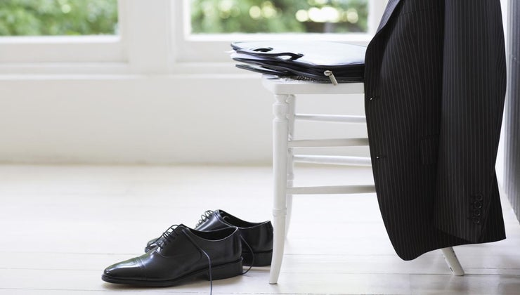 possible-wear-black-blazer-khaki-pants