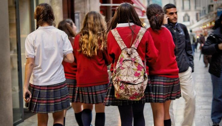 reasons-school-uniforms-bad