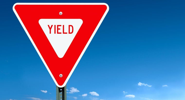 red-yield-sign-mean