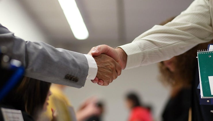 relationship-between-business-economy