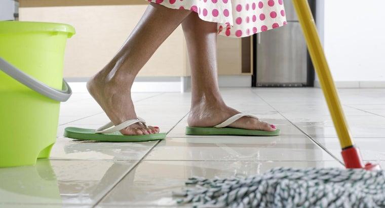 remove-yellow-stains-vinyl-flooring