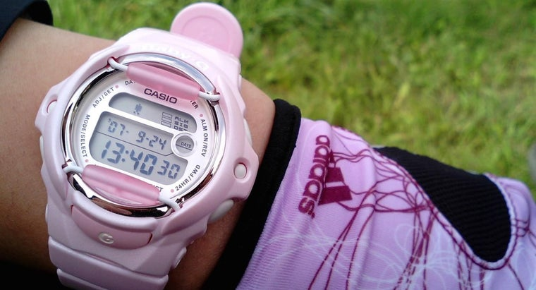 replace-batteries-casio-watch