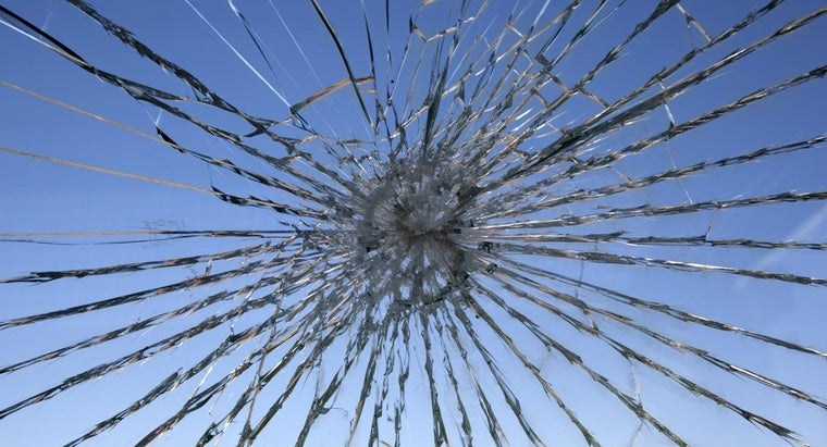 right-way-fix-cracked-glass
