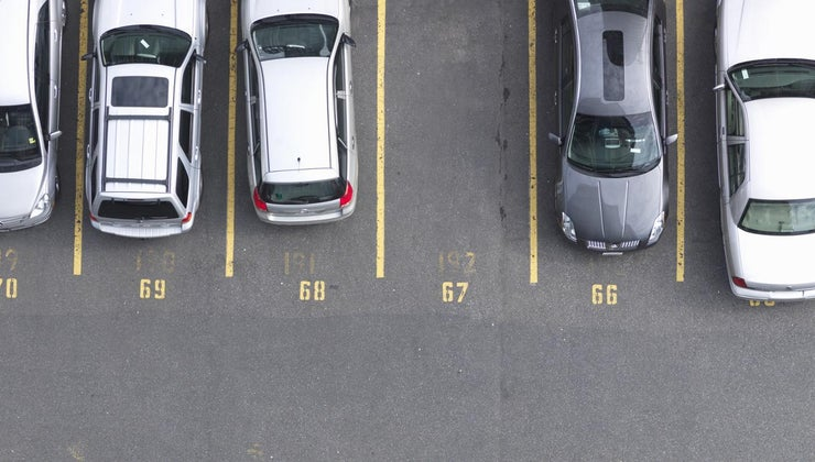 right-way-parking-lot