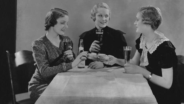 role-women-1930s