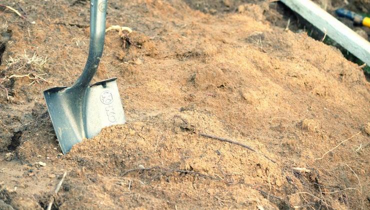 shovel-second-class-lever