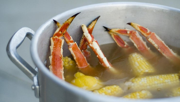 side-dishes-crab-legs