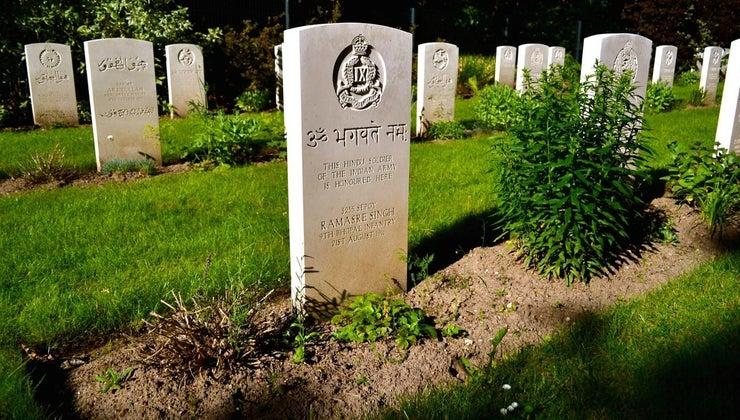 size-standard-grave