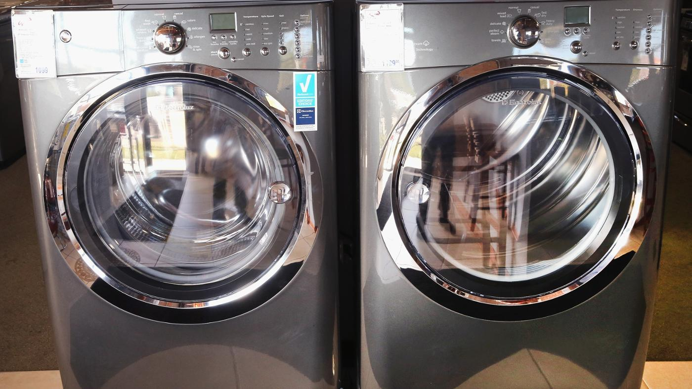 What Size Washer and Dryer Do You Need to Clean a King Size Comforter?